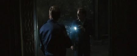 Зеркала - Бэн впервые смотрит в ЗЕРКАЛО