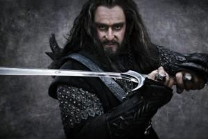 Торин Дубощит со своим мечом Оркристом.
