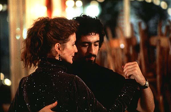 """Вчера посмотрел давно пылившийся у меня фильм  """"Уроки Танго """" - блестяще! я потрясён."""
