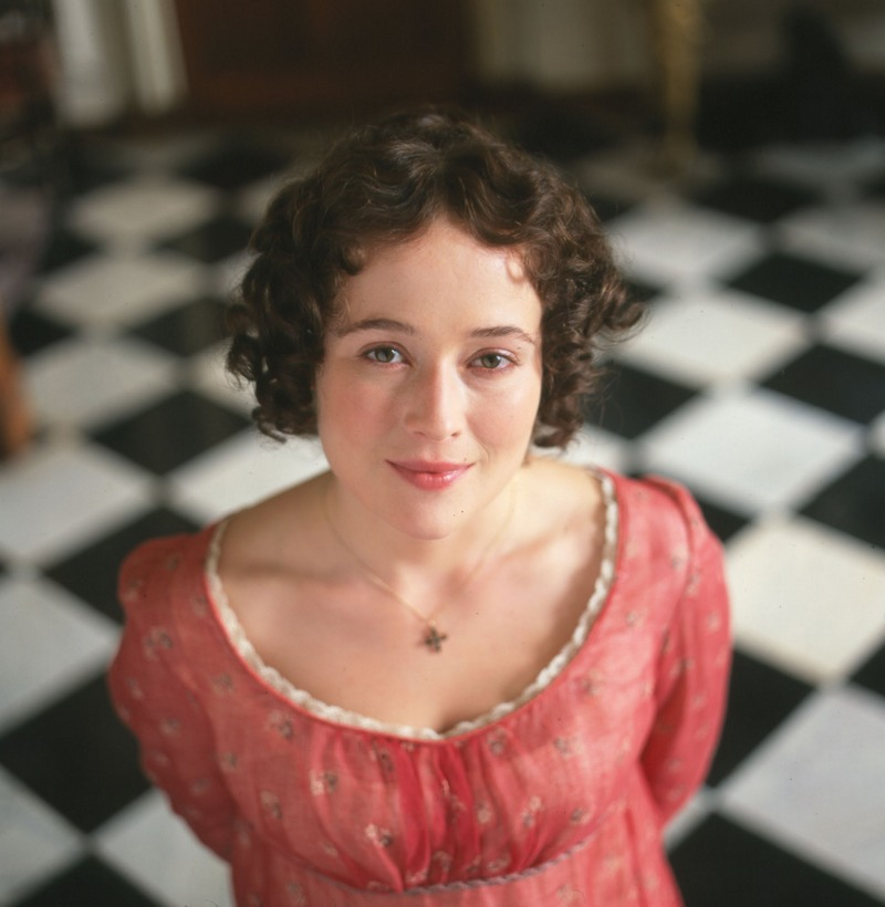 essays on elizabeth bennet in pride and prejudice The noblewoman's nephew first dismisses elizabeth merely because of his pride, by stating that elizabeth is tolerable, but not handsome enough to tempt him (7) darcy further inconsiderately judges and shows prejudice against the bennet family because of their low social ranking.