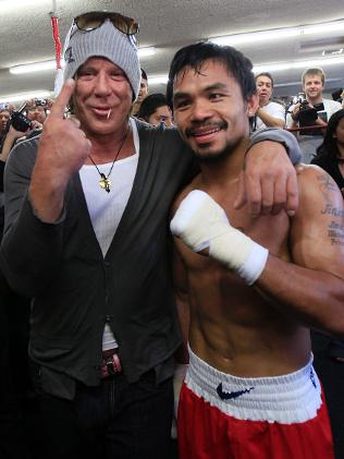 627263-micky-rourke-with-manny-pacquiao-boxing