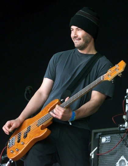 153942-keanu-reeves-actor-and-guitarist-of-the-rock-band-dogstar-performs-dur