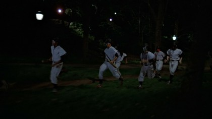 The.Warriors.1979.x264.720p.tRuAVC.mkv_snapshot_00.49.11_[2015.01.21_01.01.08]